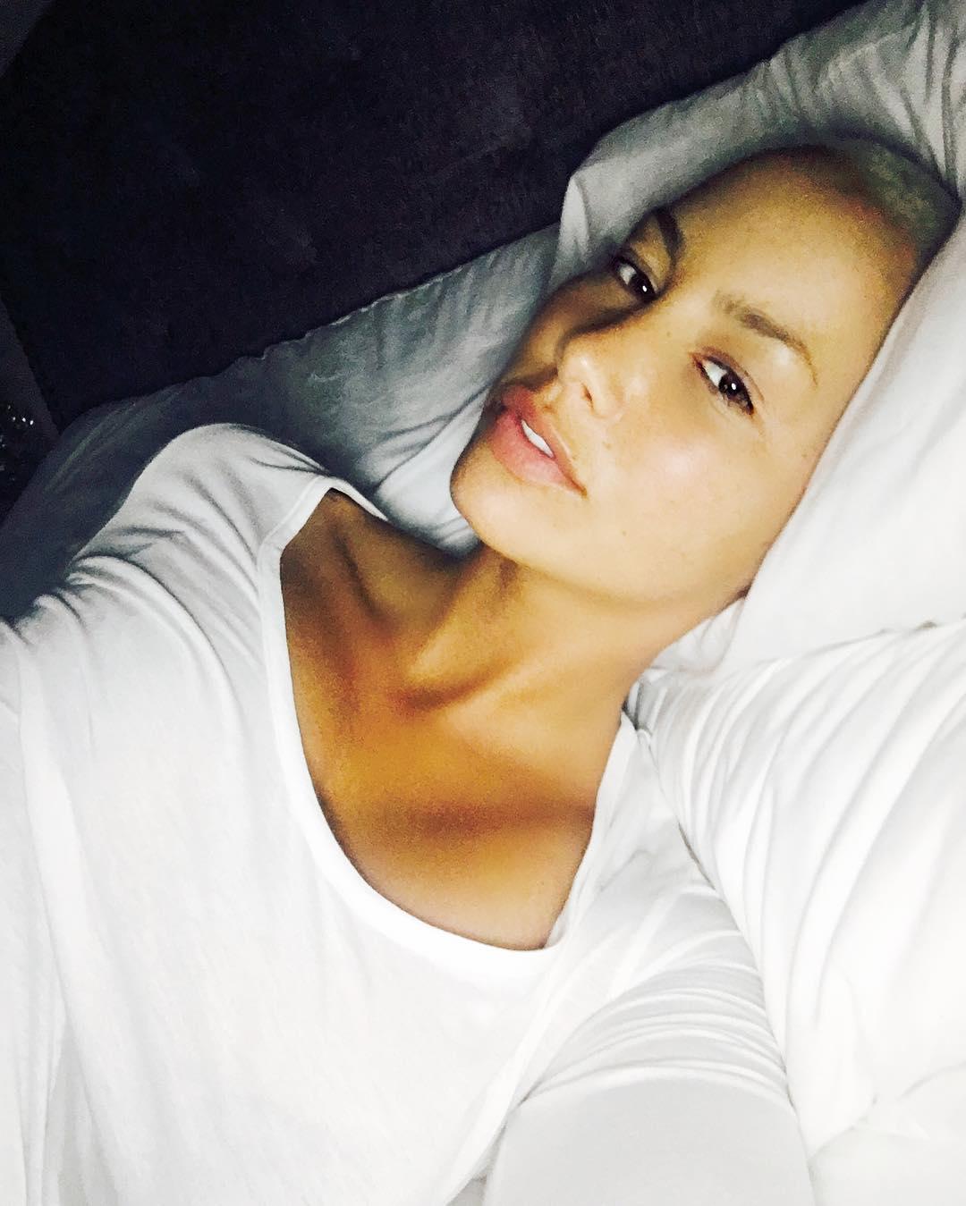 Amber Rose Makeup-Free Selfie