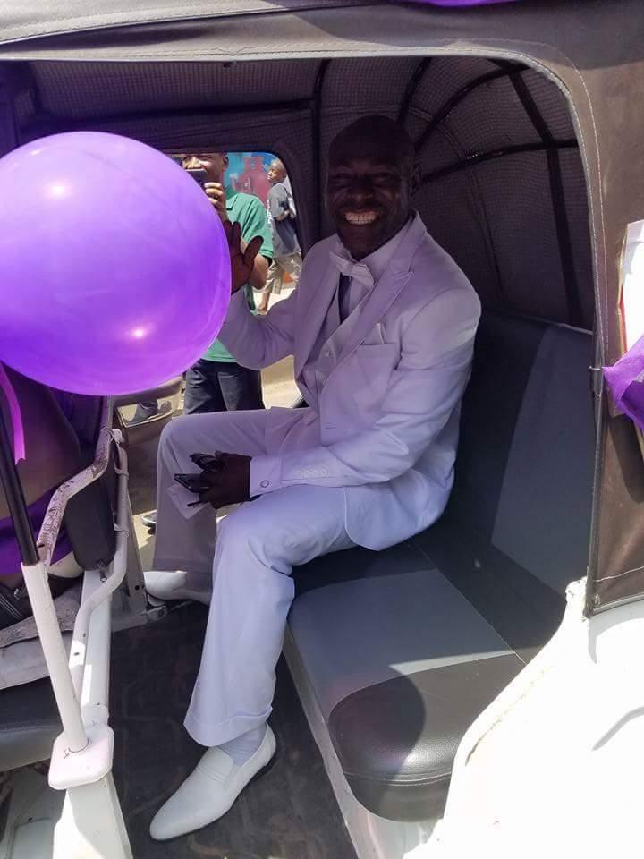 Wedding Day Photos Of A Couple In A Convoy Of Keke Napeps 4