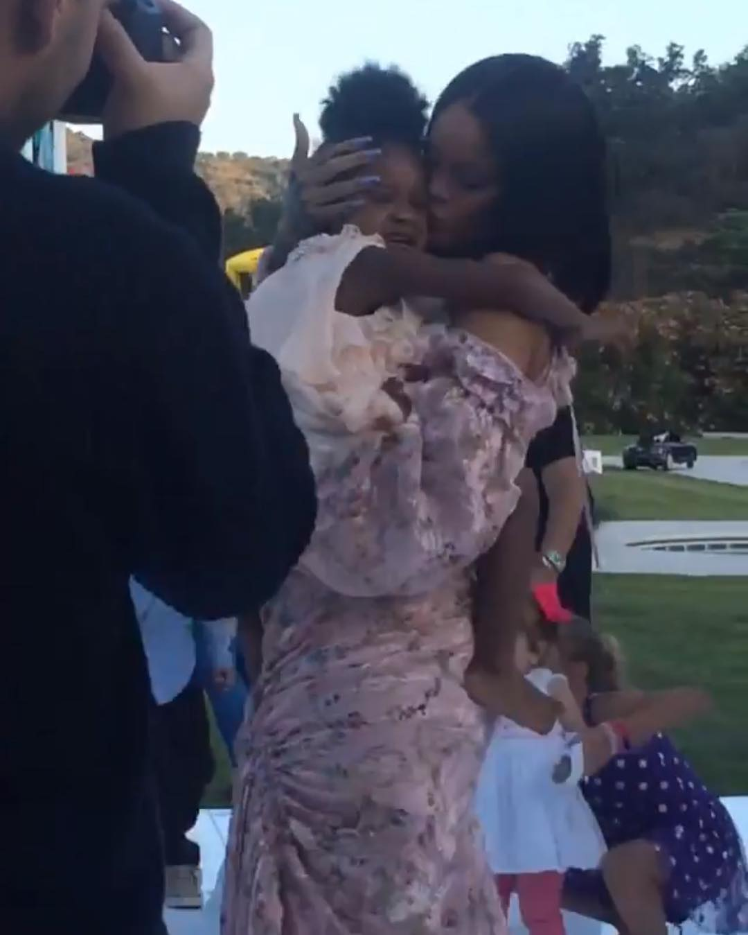 Rihanna Was Spotted Having A Blast At Her Niece's Party (4)