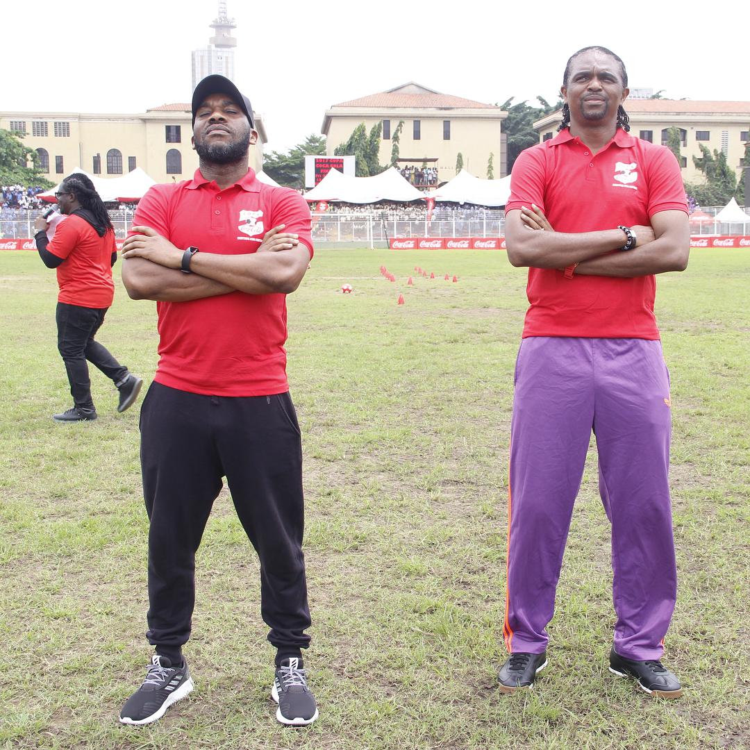Kanu Nwankwo And Jay Jay Okocha Challenge Each Other In Ball Juggling (1)