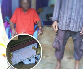 Man Violently Interrupted The Burial Ceremony Of His Wife And Threw The Corpse On The Floor