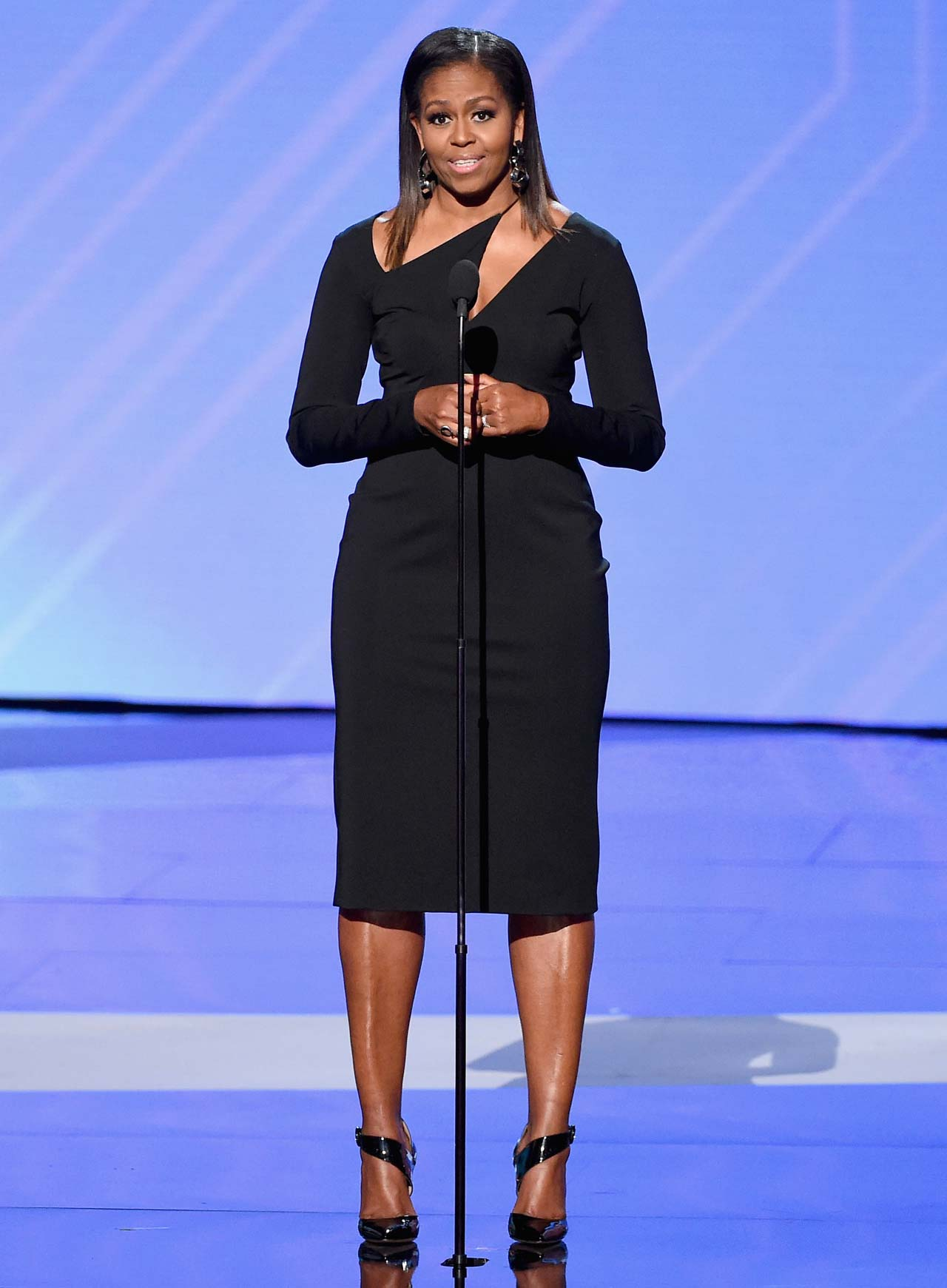 Michelle Obama In A Glam Black Cutout Gown At The 2017 ESPY Awards (1)
