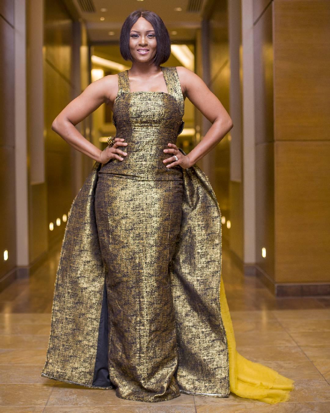 Osas Ighodaro 2017 Golden Movie Awards (1)