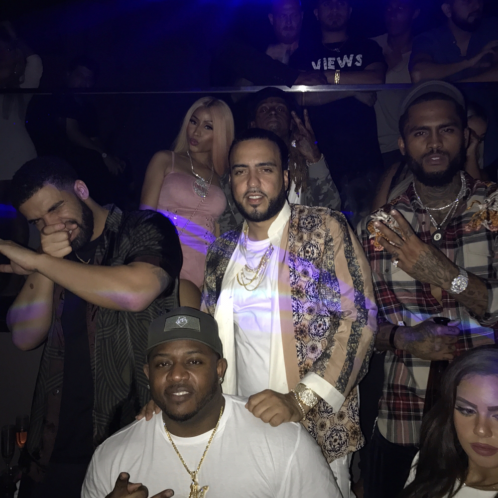 Nicki Minaj Was Pictured Partying Hard With Drake In Sexy Lace-Up Corset (1)