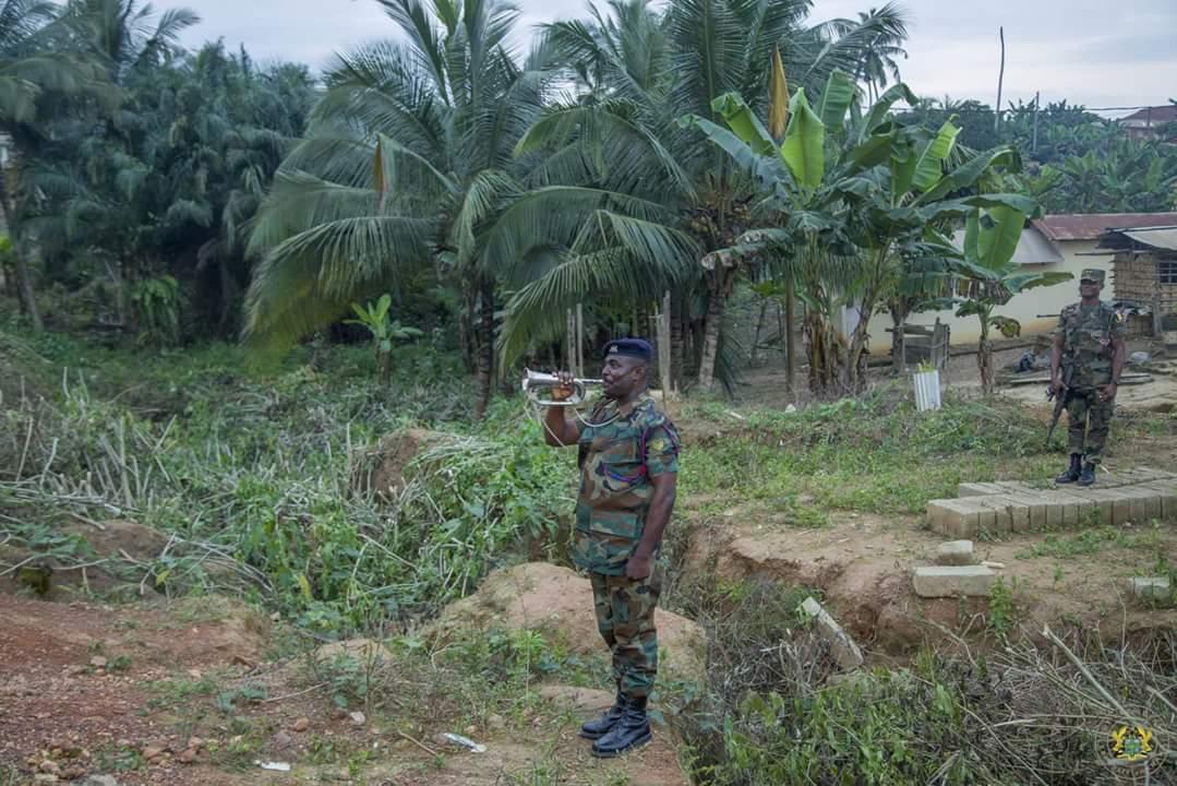 Nana Akufo-Addo Visited Major Maxwell Mahama Murder Site In Denkyira-Obuasi (1)