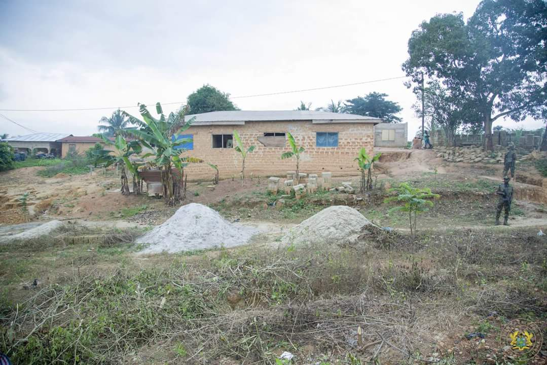 Nana Akufo-Addo Visited Major Maxwell Mahama Murder Site In Denkyira-Obuasi (9)
