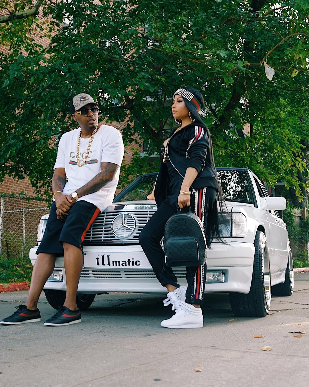 Nicki Minaj Poses With Nas In His 88' 190E Benz (4)