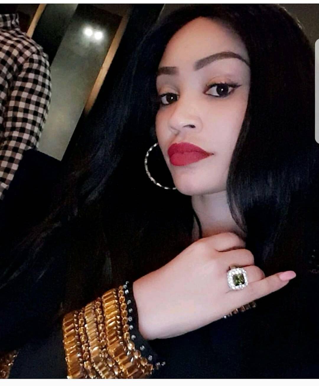Zari Hassan Celebrates 37th Birthday With Diamond Platnumz (3)