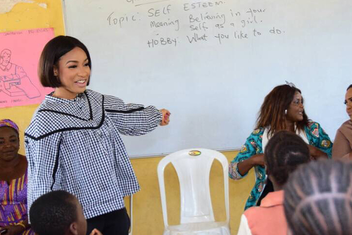 Tonto Dikeh Had An Emotional Day At Lea Primary School Kugbo (4)