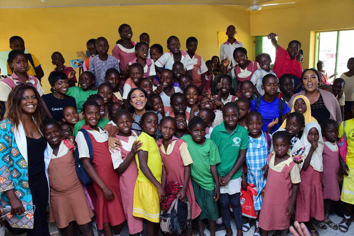 Tonto Dikeh Had An Emotional Day At Lea Primary School Kugbo (3)