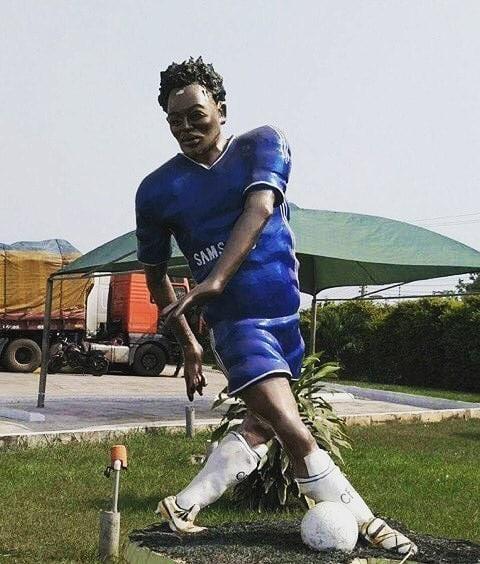 Michael Essien Statue In Ghana