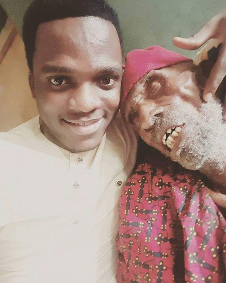 Nigerian Man Shows Off His 145-Year-Old Grandpa (2)
