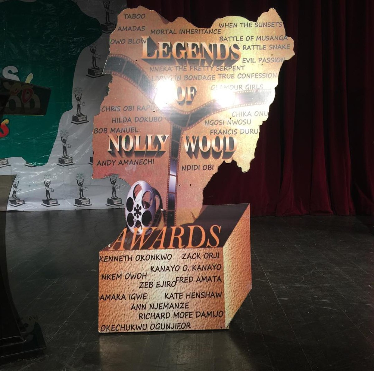Kenneth Okonkwo Honoured With Nollywood Legend Award (3)