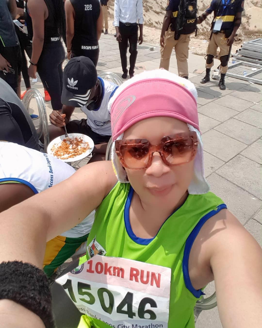 Tiwa Savage Pictured With Monalisa Chinda's Daughter At The Lagos Marathon 2018 (2)