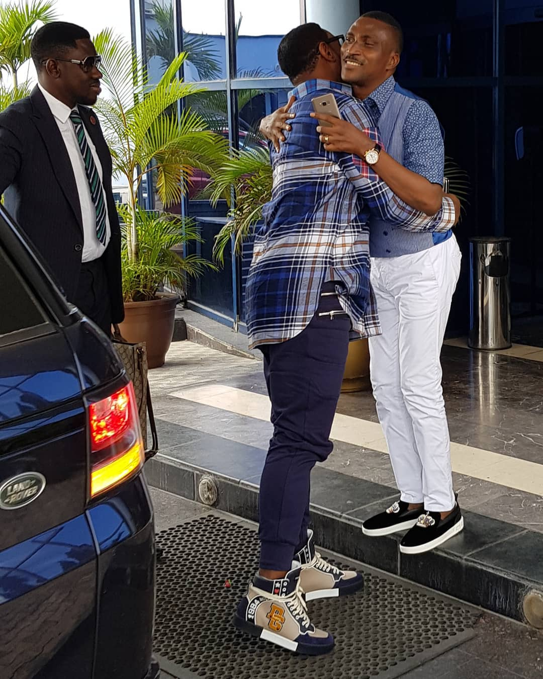 Biodun Fatoyinbo Slays In Sneakers (2)