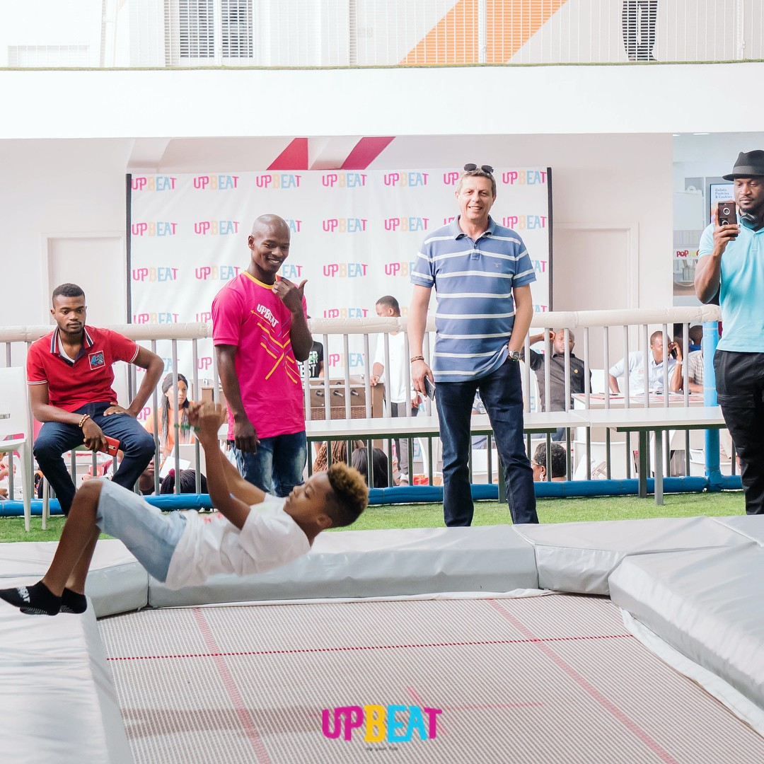 Peter Okoye Chilling At Upbeat Centre (5)
