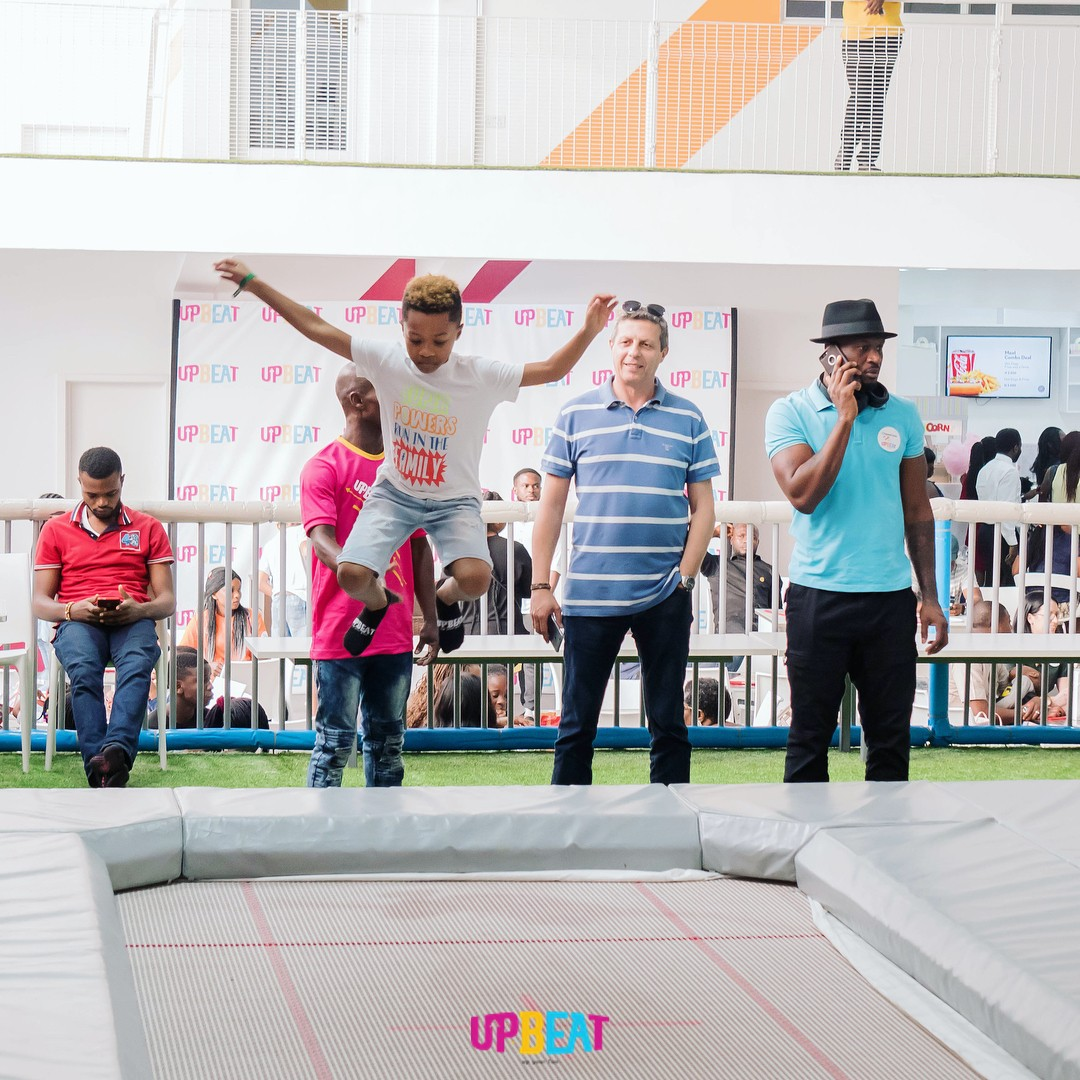 Peter Okoye Chilling At Upbeat Centre (9)