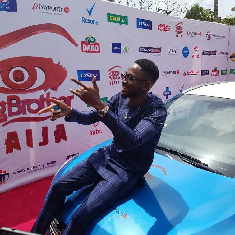 Miracle Picks Up SUV Prize Car And N25million Cheque (7)