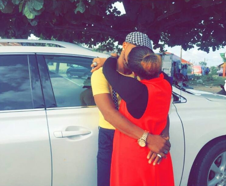 Gifty Powers Sparks Relationship Rumours With Charles Okocha With Kissing Photo (3)