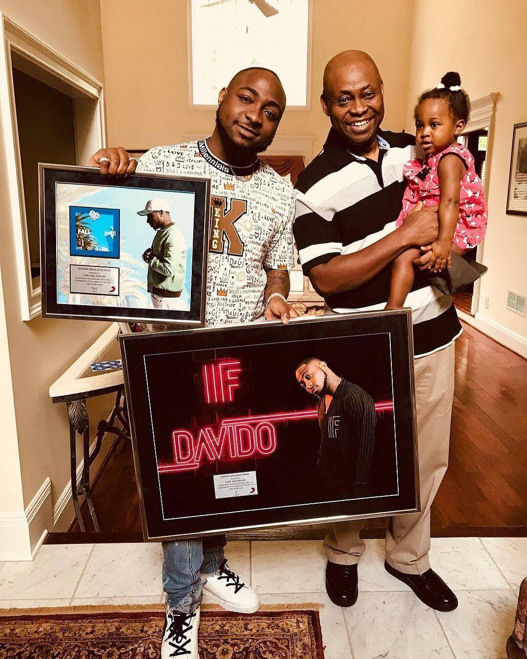 Davido Shares Beautiful 3 Generation Photo (2)