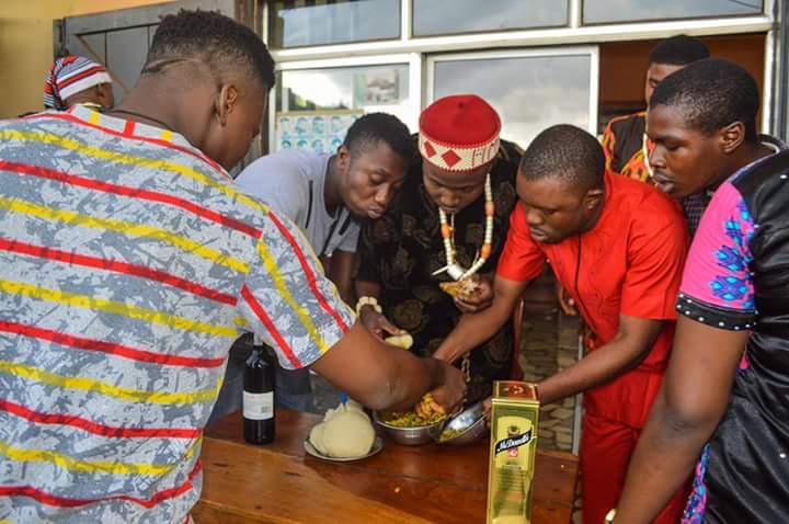 Igbo Man Fufu And Egusi Soup As Birthday Cake (3)