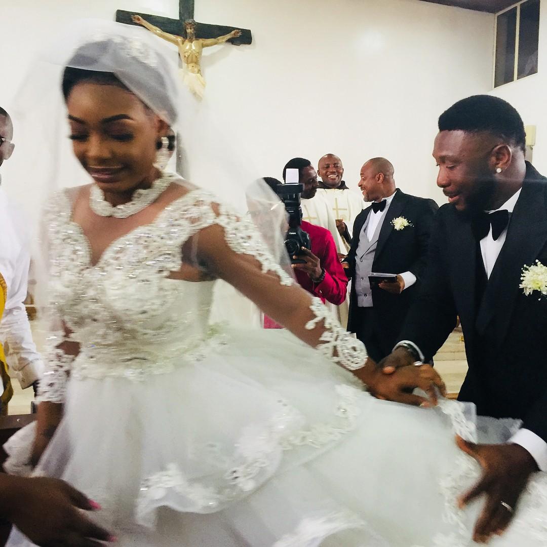 Nuella Njubigbo And Tchidi Chikere White Wedding (5)