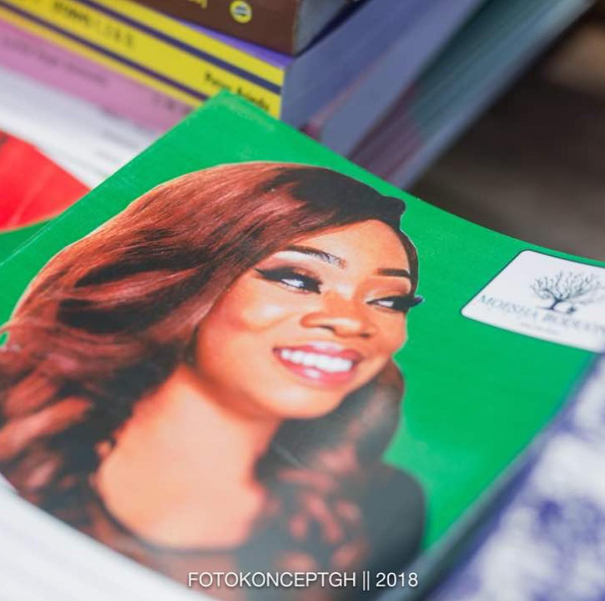 Moesha Boduong Aids TEBU/MA BASIC SCHOOL With Learning Materials (6)