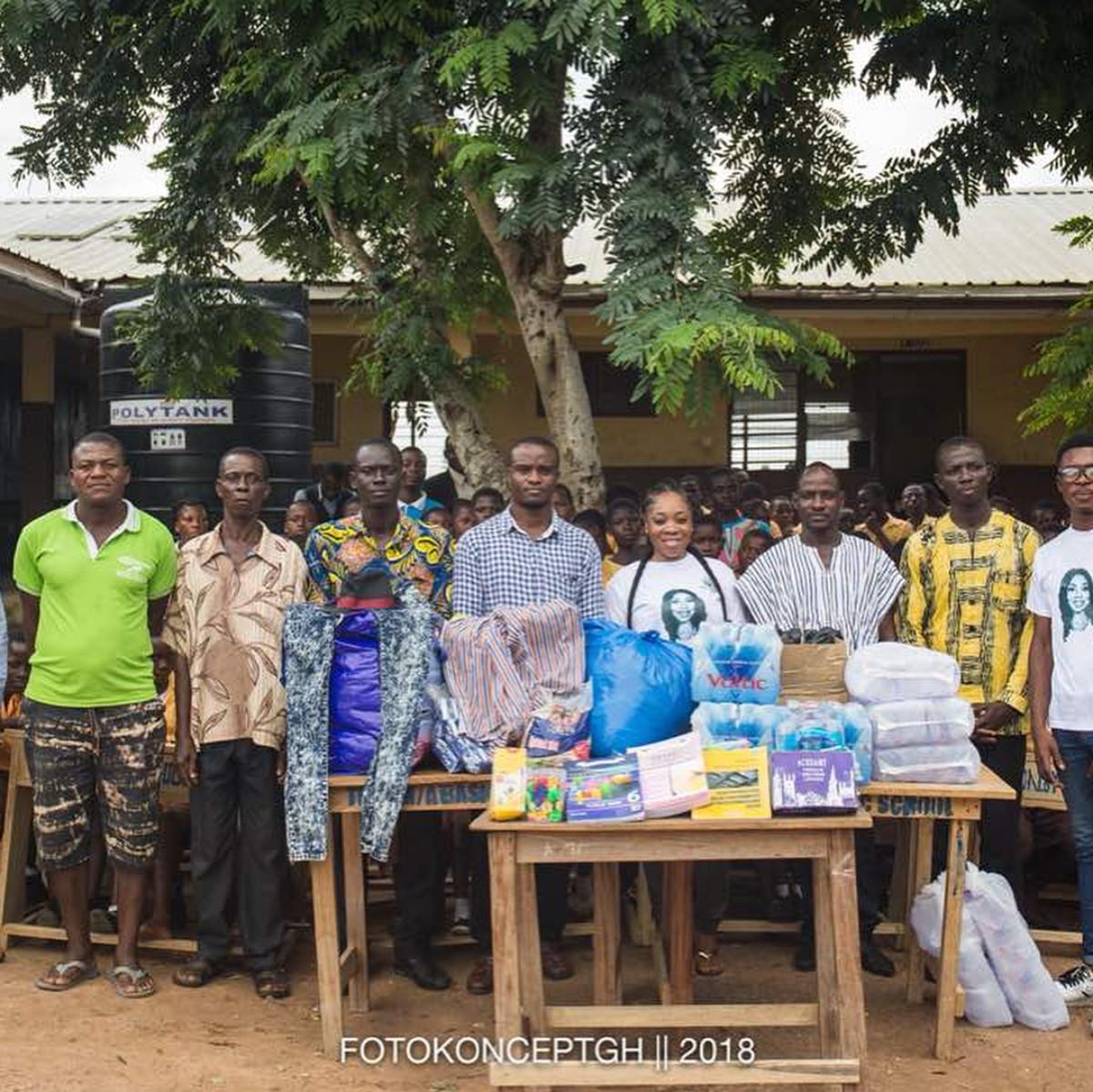 Moesha Boduong Aids TEBU/MA BASIC SCHOOL With Learning Materials (8)