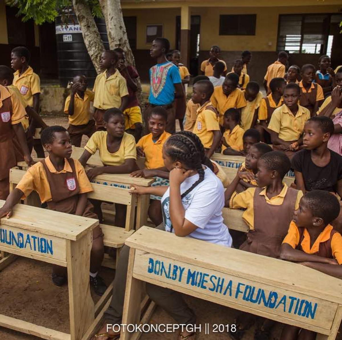Moesha Boduong Aids TEBU/MA BASIC SCHOOL With Learning Materials (2)
