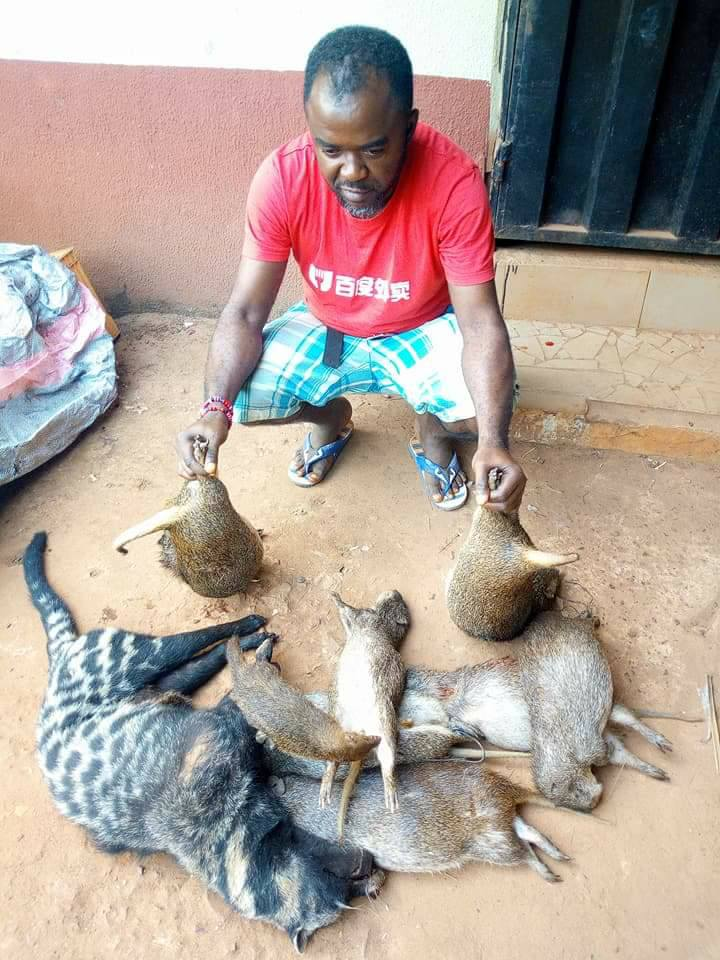 Nigerian Hunter Currently Trending After Catching And Killing Various Animals (2)