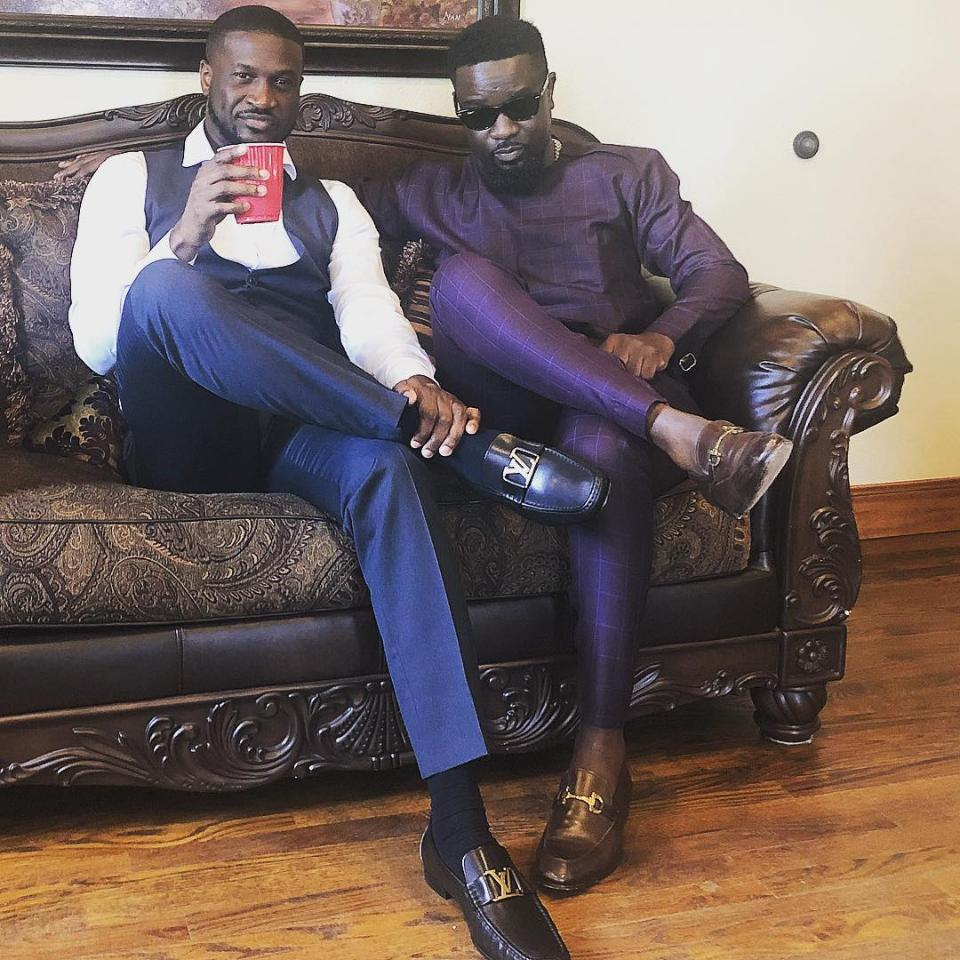 Ghanaians Lash Out At Sarkodie After He Shared Peter Okoye Song
