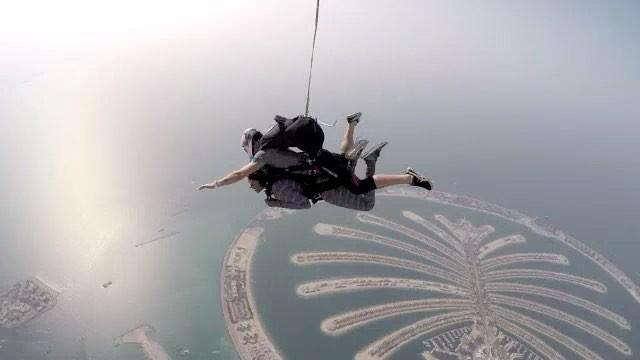 Rukky Sanda Skydives (4)
