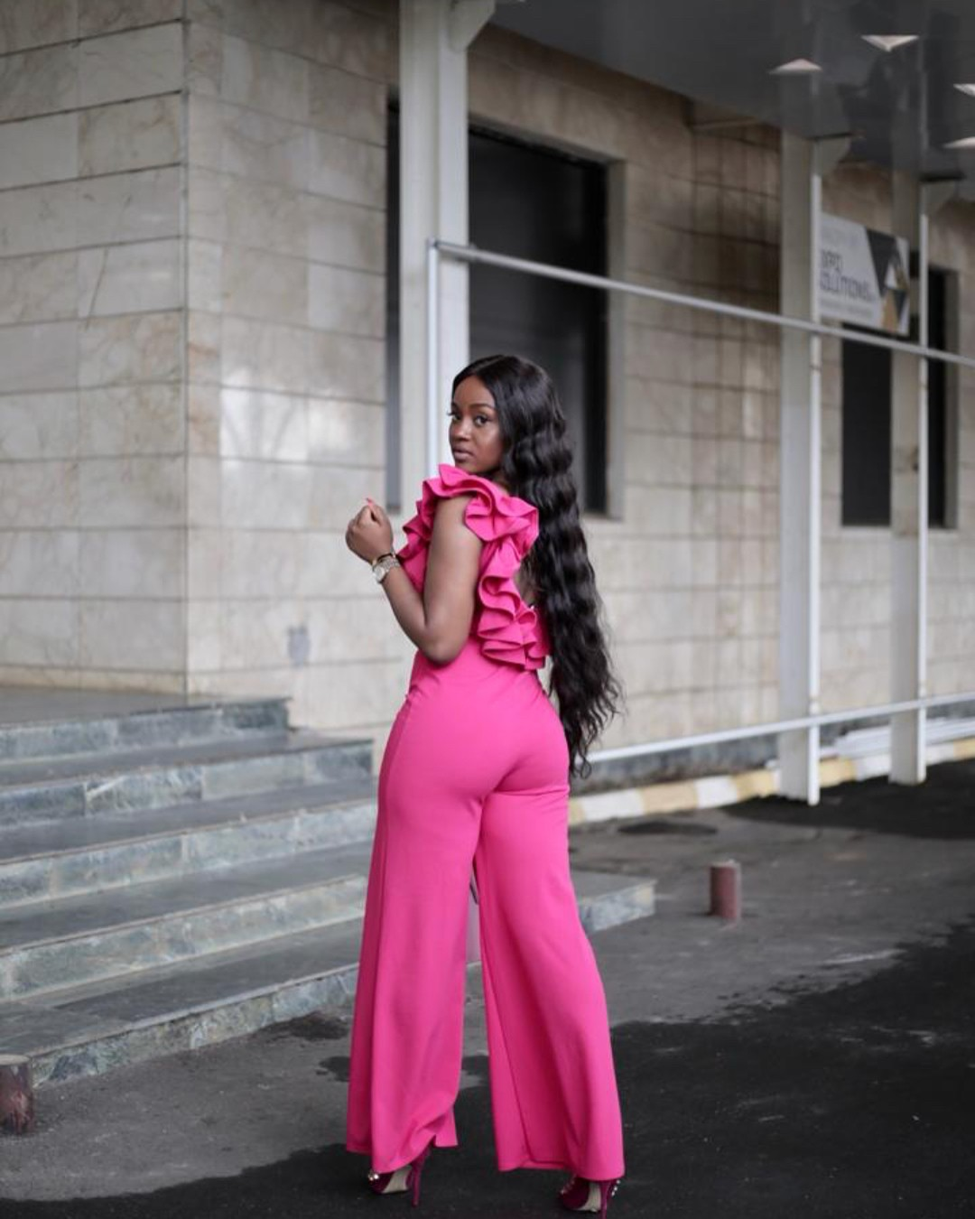 Chioma Stuns In Pink Jumpsuit (3)