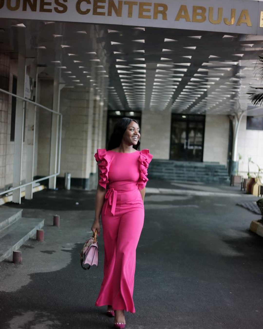 Chioma Stuns In Pink Jumpsuit (4)