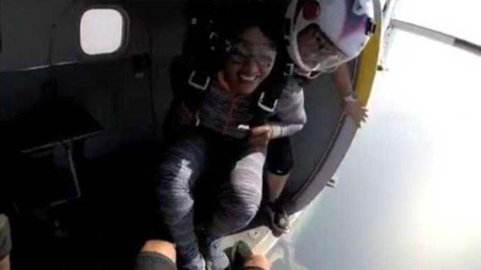 Rukky Sanda Skydives (2)