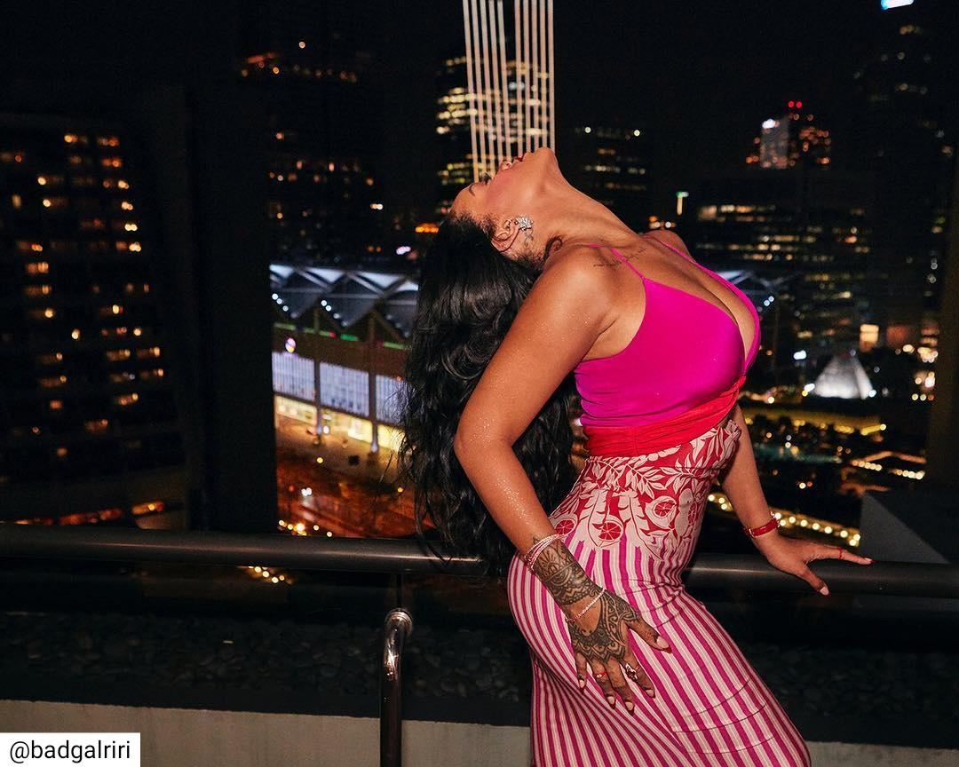 Rihanna Plunging Dress (3)