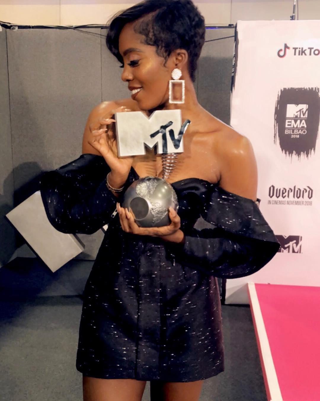 Tiwa Savage Wins Best African Act At 2018 MTV EMA (2)