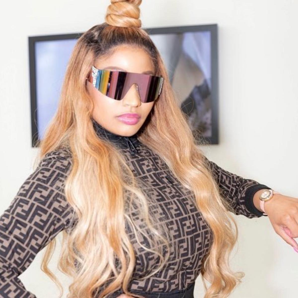 Nicki Minaj Uses Booty Photo Sitting On Kenneth Petty To Address Haters